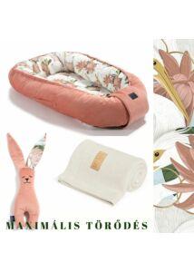 Heron in Pink Lotus Babafészek szett  - babalátogató ajándék