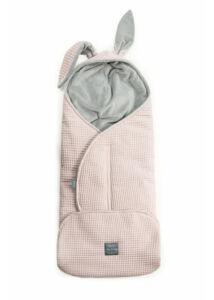Púder rózsaszín nyuszis babakocsi takaró