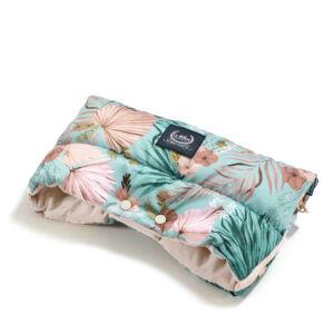 meleg téli Babakocsi kézmelegítő hamvas rózsaszín világoskék trópusi pálmalevél és virág mintával La Millou Boho Palms