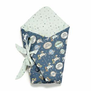 baba pólya kék szürke színben körhintás vidámparkos mintával