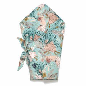 baba pólya kék-rózsaszín trópusi virág és pálmalevél mintával La Millou Boho Palms