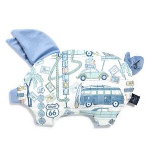 lapos baba párna röfi alakú galamb kék velvet pamut anyagból autós nyaralás mintával Amerika Route 66 Colour