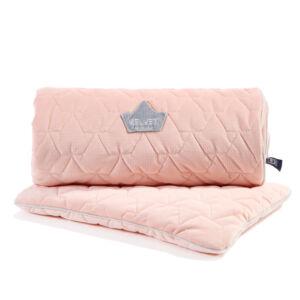 újszülött baba ágynemű szett steppelt varrással töltettel és kispárnával rózsaszín színben