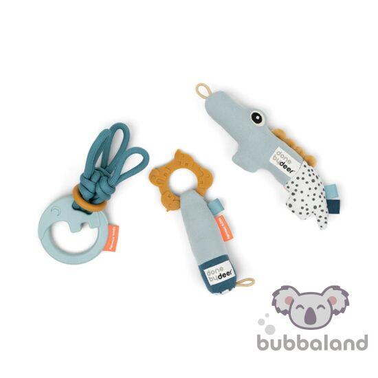 Kék színű készségfejlesztő baba játék szett ajándékba, baba csörgő és rágóka