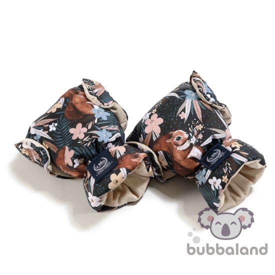 velvet homok színű babakocsi kesztyű barna mókus és erdei levél mintával La Millou Pretty Barbara