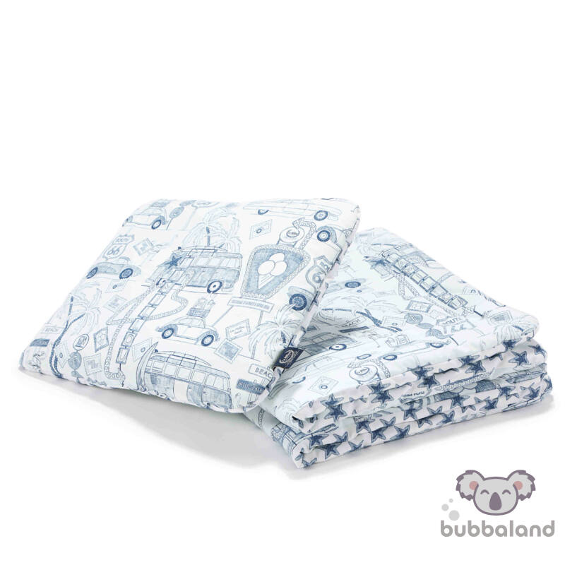 újszülött baba ágynemű szett töltettel és kispárnával autós mintával