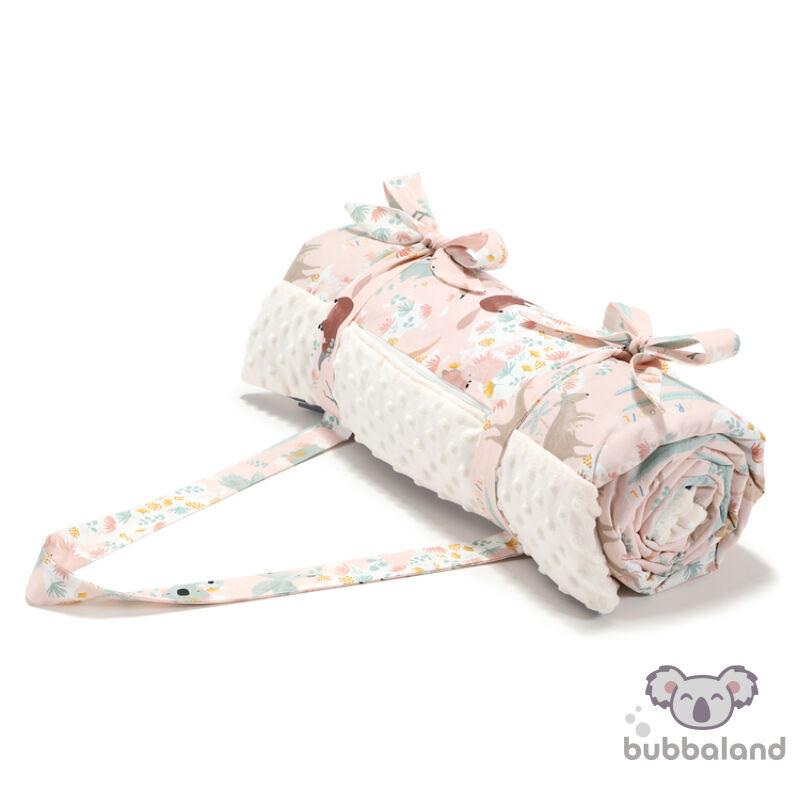 nagy méretű piknik takaró minky ekrü és rózsaszín ausztráliai állatos mintával kenguru, koala, vombat Dundee Pink