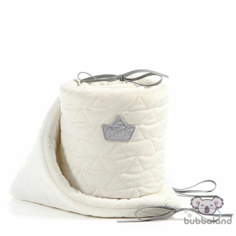 baba kiságy rácsvédő velvet steppelt anyagból rafaello fehér színben 60 x 120 cm kiságy méretre